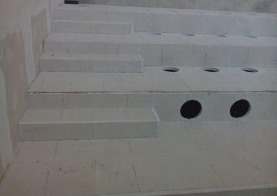 Előadóterem lépcsős álpadló 2